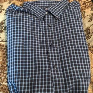 Roundtree and Yorke size 2XLT long sl button down